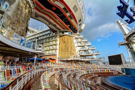 8 things you must do after booking a Royal Caribbean