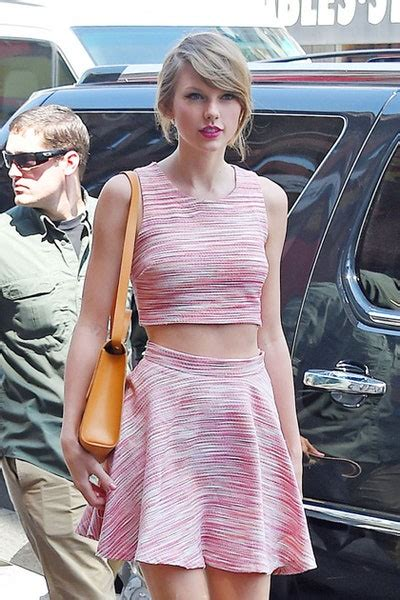 Taylor Swift Crop Top Outfits | Teen Vogue