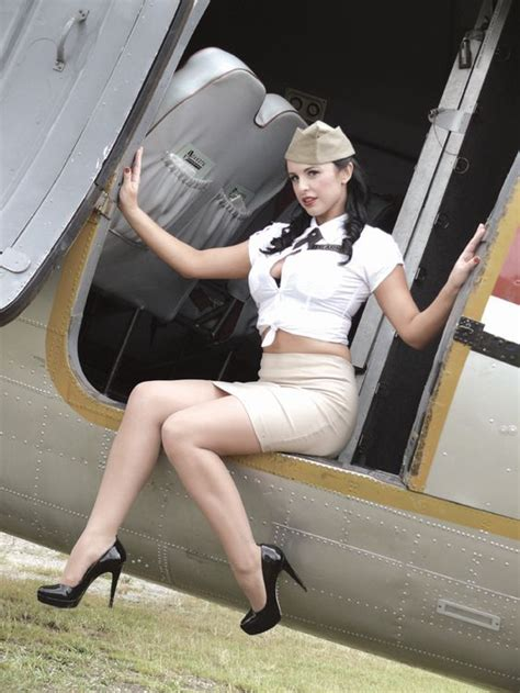 These modern pin-up girls keeping it old school sexy