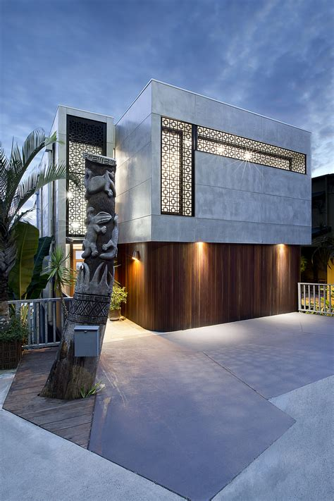 From '80s Dated to '60s Modern - Gold Coast Home Transformed