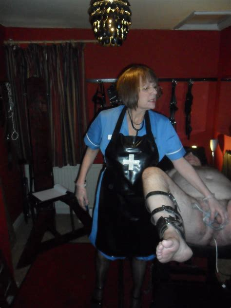Cheshire Mistress Victoria requires slaves and submissives