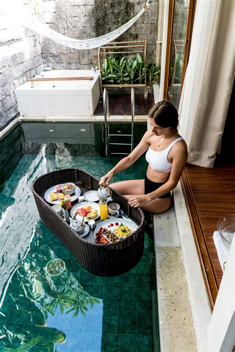 The Bali Travel Guide: Hotels with private pool villas