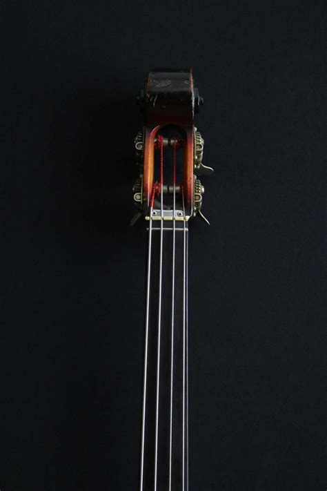 Ampeg AUB-1 Fretless Bass 1967 | Guitare Collection